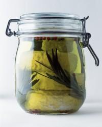 Picodons dans l'huile d'olive